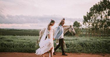 Casamento boho no campo do interior de São Paulo   Lápis de Noiva