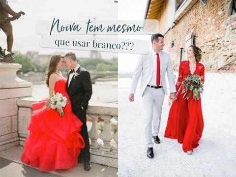Noiva de vestido vermelho