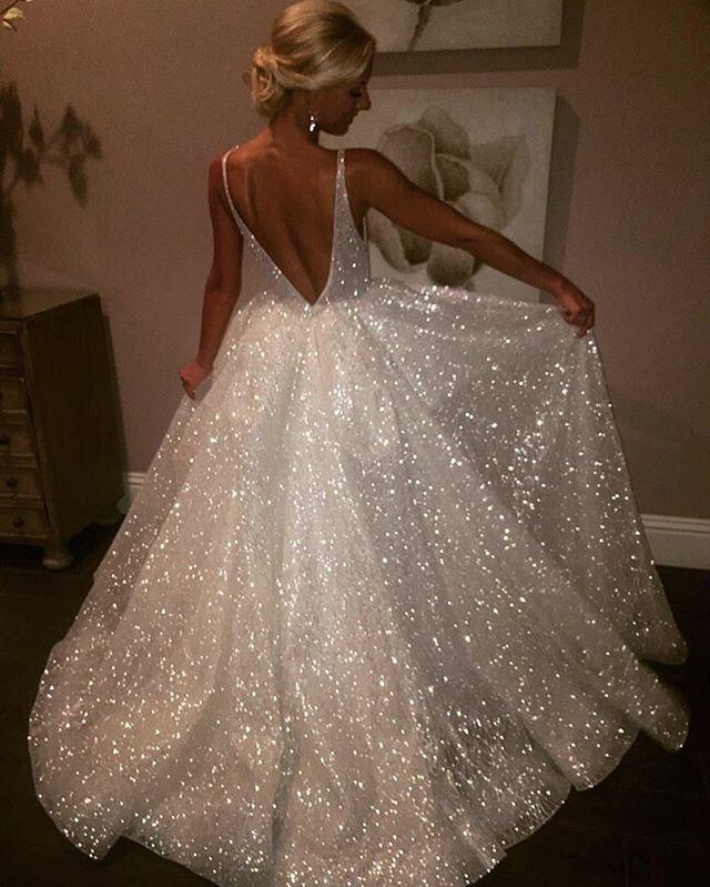 vestido de noiva com brilho Paris Hilton