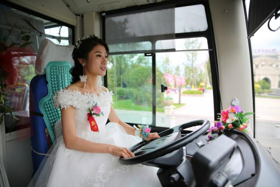 ensaio pré wedding em bus