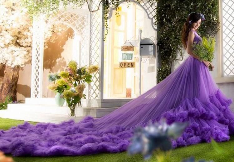 vestido de noiva roxo com saia de tule