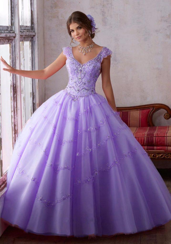vestido de noiva roxo princesa