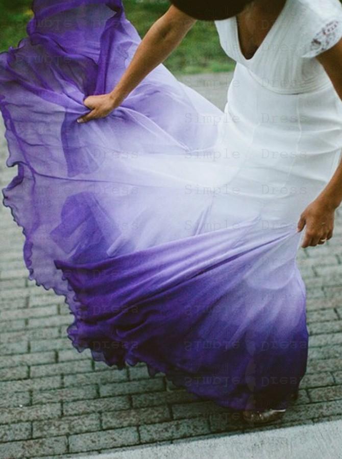vestido de noiva roxo com branco