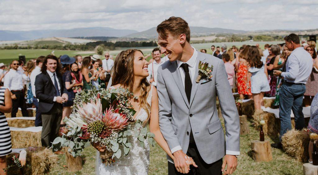 bouquet para casamento no campo simples