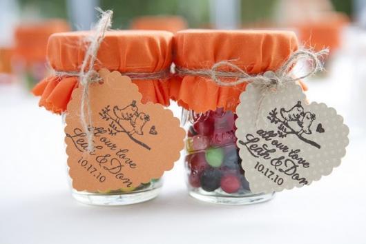 lembrancinha de casamento com reciclado com copo de vidro