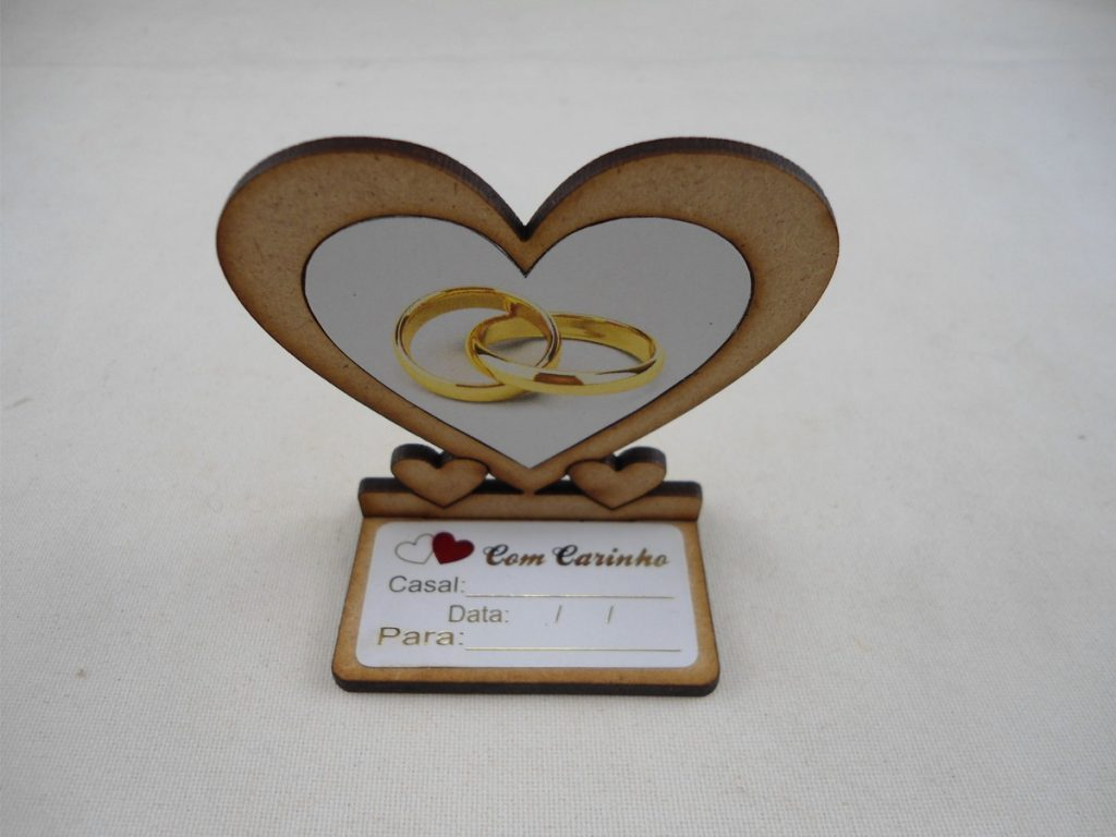 lembrancinha de casamento em madeira mdf para decorar