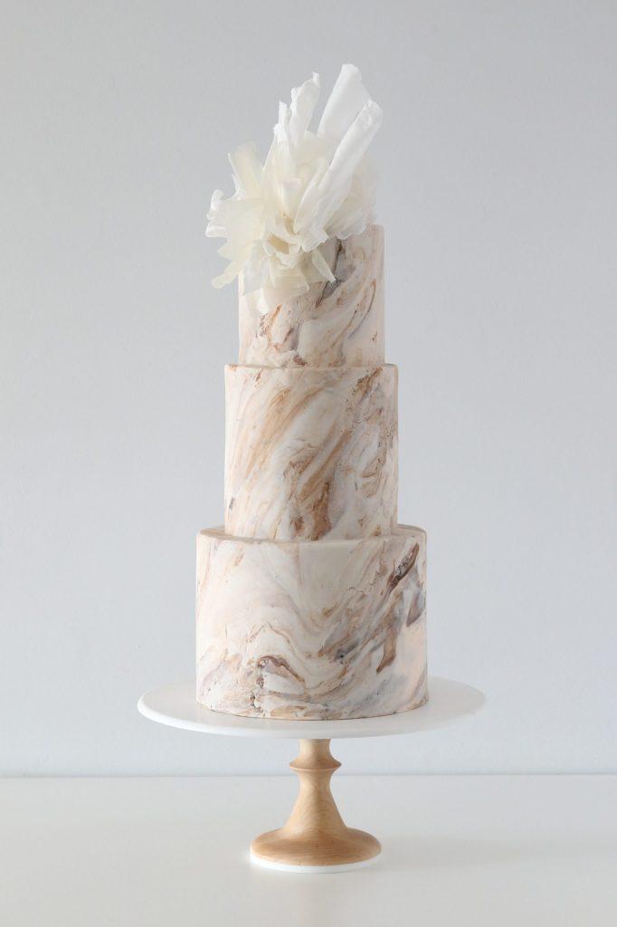 bolo de noivado 2021 chocolate com creme