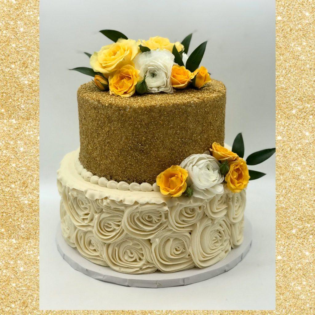 modelos lindos de bolo de noivado 2021