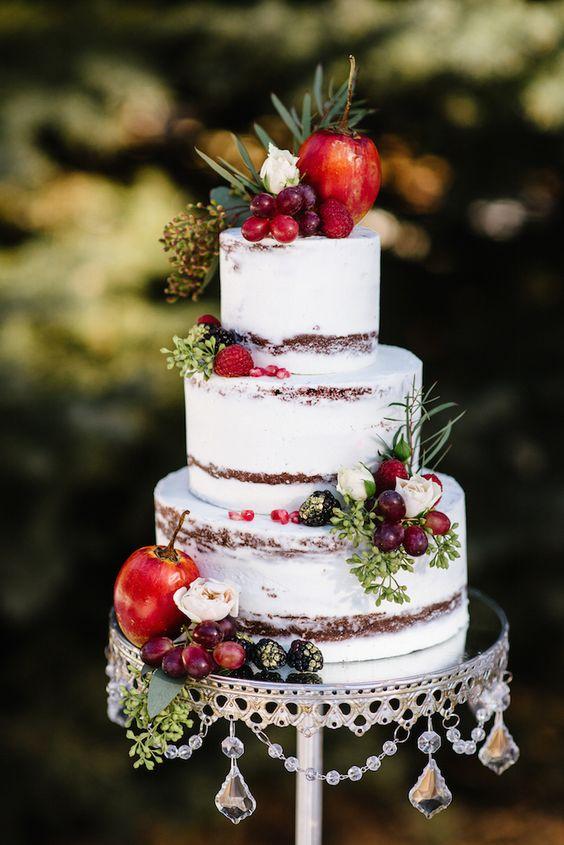 lindos bolos de casamento com frutas