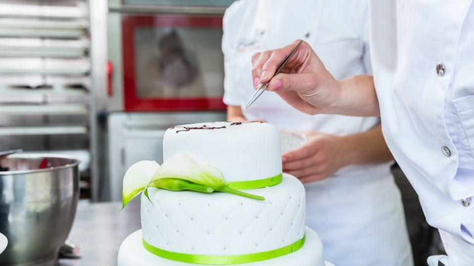 ideias e dicas para bolo de noivado 2021