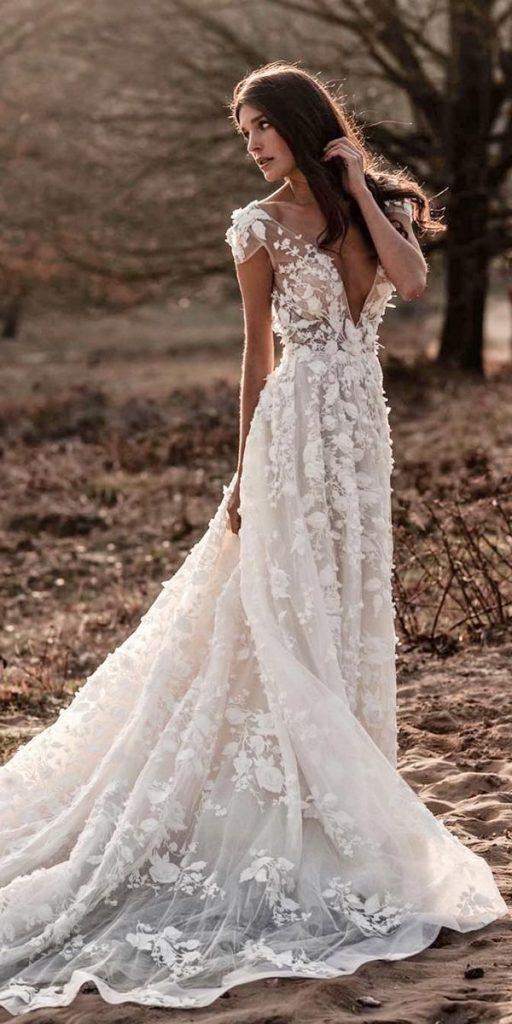 vestido de noiva moderno longo de renda
